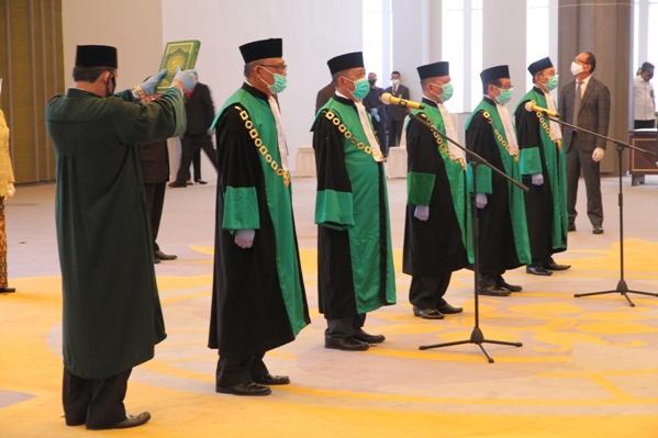 Ketua MA Lantik Lima Ketua Pengadilan Tinggi Agama